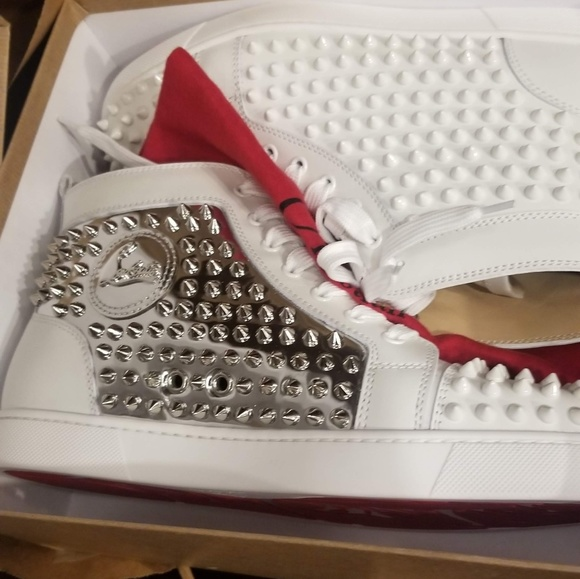 sneakers for cheap a8077 64578 Authentic Christian louboutin sneakers NWT